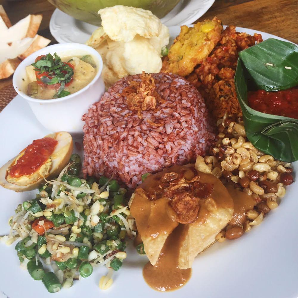 Cafe Wayan Ubud Life Curator-1000px